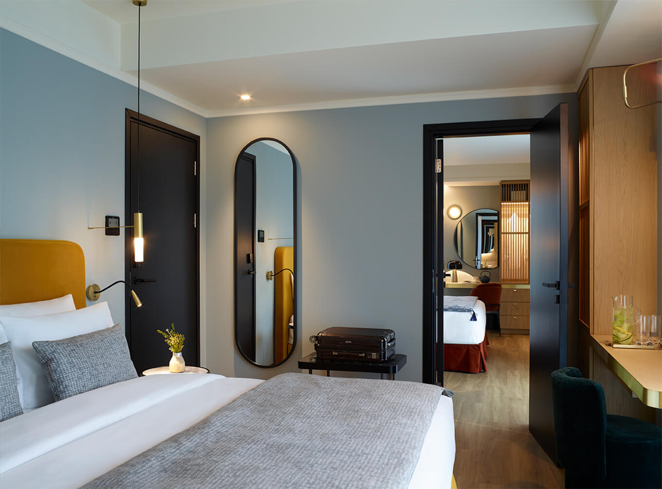 gallery-Classic Room